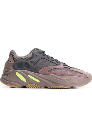 adidas Yeezy Boost 700 sneakers