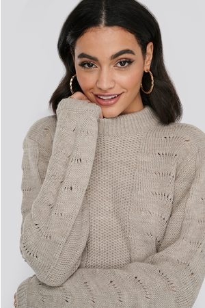 NA-KD Pattern Knitted Round Neck Sweater - Stickade tröjor - Beige - Medium