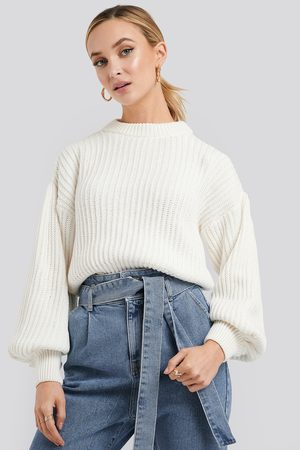 NA-KD Balloon Sleeve Round Neck Sweater - Stickade tröjor - Vit - Medium