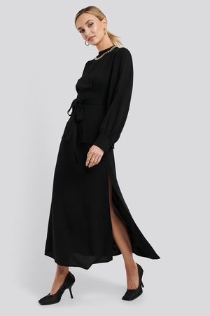 NA-KD High Waist Side Split Midi Skirt - Midikjolar - Svart - EU 40