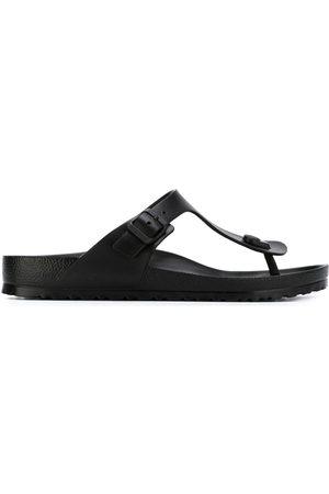 Birkenstock Sandaler med t-rem och spänne