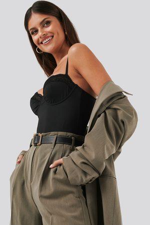 NA-KD Micro Lace Bodysuit - Bodies - Svart - X-Large