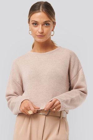 NA-KD Kvinna Stickade tröjor - Cropped Round Neck Knitted Sweater - Stickade tröjor - Rosa - Medium