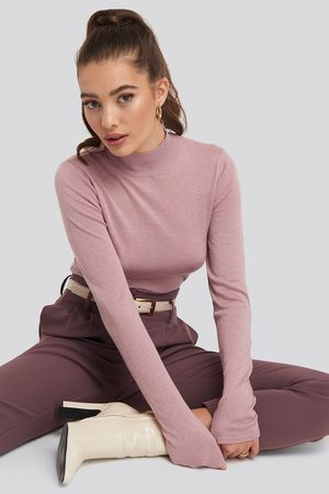 NA-KD High Neck Light Knit Sweater - Stickade tröjor - Rosa - Medium