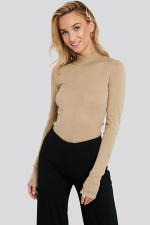 NA-KD Kvinna Stickade tröjor - High Neck Light Knit Sweater - Stickade tröjor - Beige - Medium