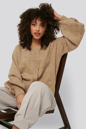 NA-KD Short Chunky Knit Cardigan - Stickade tröjor - Beige - X-Small
