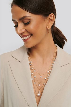 NA-KD Layered Uneven Pearl Necklace