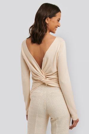 NA-KD Kvinna Stickade tröjor - Back Cross Knitted Sweater