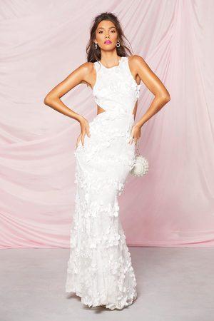 Boohoo Maxiklänning Med Cut-Outs Och 3D-Blommor, White