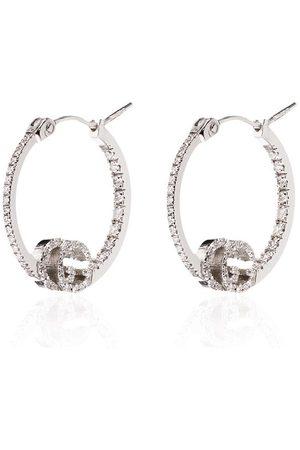 Gucci öronringar i 18K vitguld med diamanter