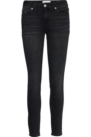 Calvin Klein Ckj 011 Mid Rise Skinny Skinny Jeans