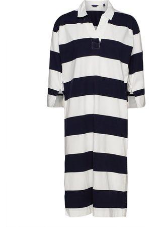 GANT D1. Feminine Striped Rugger Dress Knälång Klänning