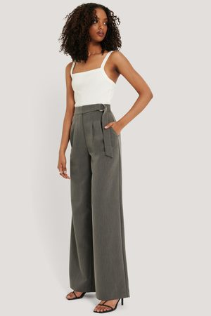 NA-KD D-ring Belted Suit Pants