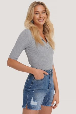 Trendyol Raw Hem Denim Shorts