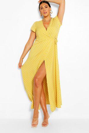 Boohoo Plus - Prickig Maxiklänning Med Omlott, Yellow