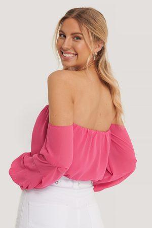 Pamela x NA-KD Reborn Off-Shoulder-Klänning Med Ballongärm