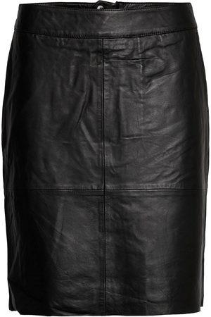 Culture Cuberta Leather Skirt Knälång Kjol
