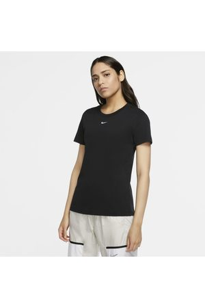 Nike T-shirt Sportswear för kvinnor