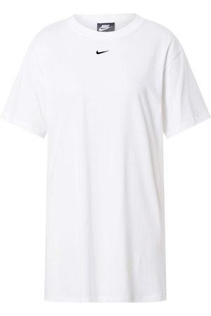 Nike Klänning 'Essential