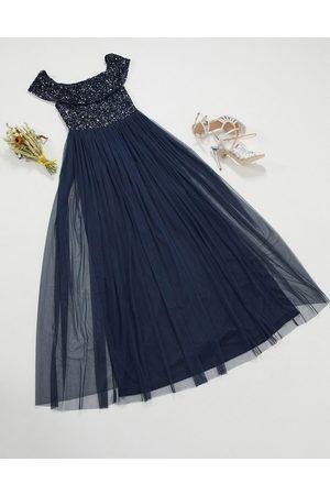 Maya Kvinna Maxiklänningar - – Brudtärna – Marinblå maxiklänning i tyll med singoallaringning och fina paljetter