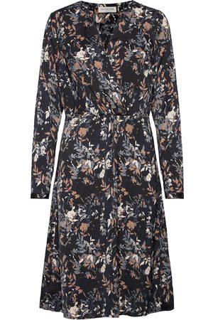 Rosemunde Kvinna Midiklänningar - Dress Ls Knälång Klänning Beige