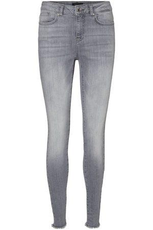 Vero Moda Kvinna Skinny - Vmhanna Normalhöga Skinny Fit-jeans Kvinna