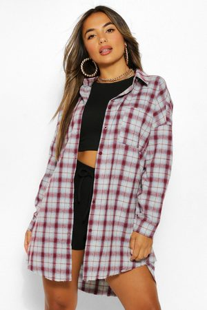 Boohoo Kvinna Casual - Petite Oversized Frayed Flannel Shirt, Red