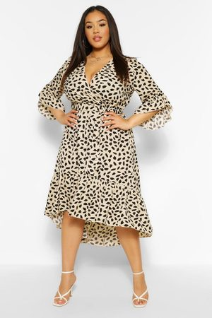 Boohoo Plus Ruffle Hem Spotty Wrap Dress, White