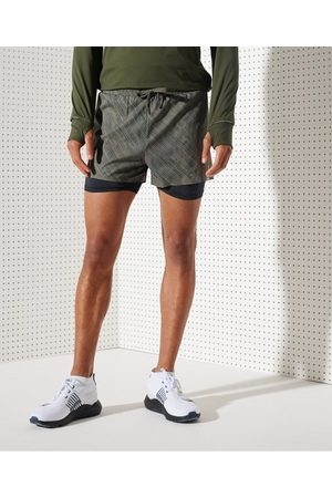 Superdry Man Shorts - Sport Run Trail shorts