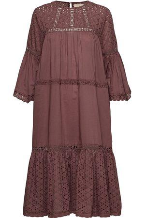 Lollys Laundry Cognac Dress Knälång Klänning Rosa