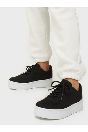 NLY Shoes Flirty Platform Sneaker Low Top