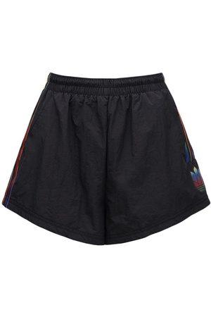 adidas Shorts W/side Band