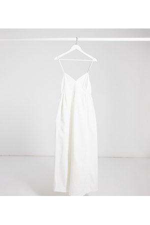 ASOS ASOS DESIGN Maternity – V-ringad slipklänning i mjuk denim och maxilängd med smockad midja
