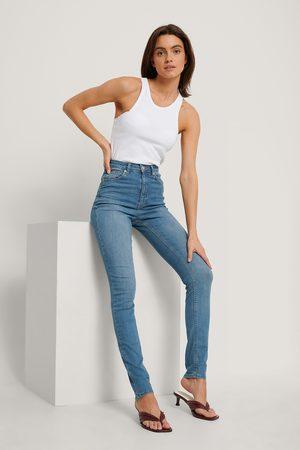 NA-KD Ekologiska Skinny Jeans Med Hög Midja