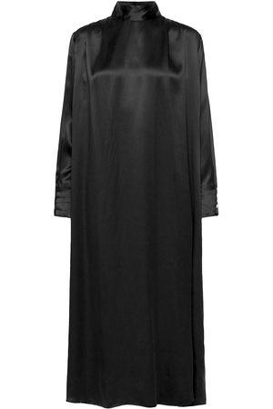 Dagmar Kvinna Festklänningar - Sara Silk Maxiklänning Festklänning