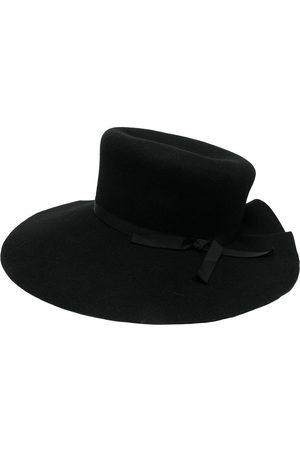 YOHJI YAMAMOTO Hatt med vågig kant