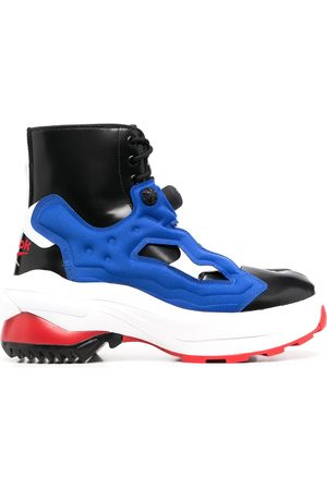 Maison Margiela Man Sneakers - X Reebok Tabi Instapump Fury sneakers
