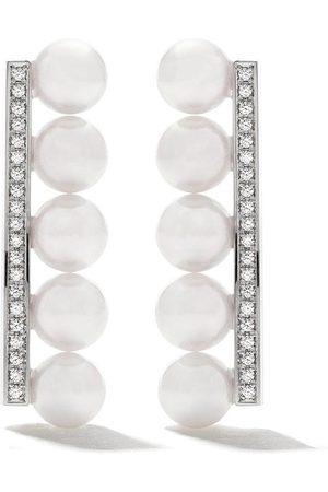 Tasaki Diamantörhängen i 18K vitguld