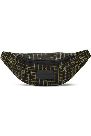 Calvin Klein Ckj Sport Essentials Streetpk Gr Bum Bag Väska