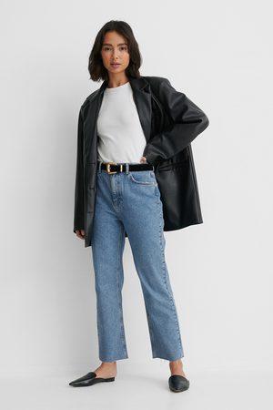 NA-KD Ekologiska Raka Jeans Med Hög Midja