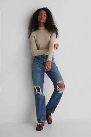 NA-KD Distressed Straight Fit Jeans