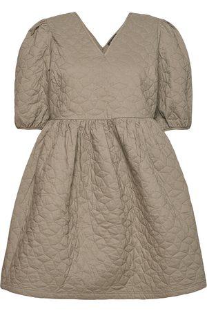 Selected Kvinna Festklänningar - Slfjulia 2/4 Quilt Dress Ex Kort Klänning