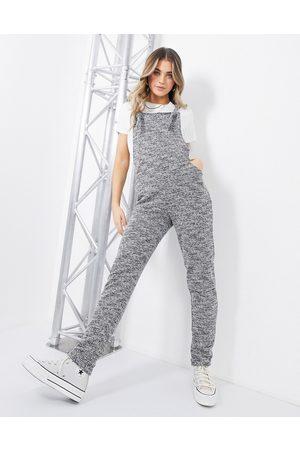 ASOS – Avslappnade hängselbyxor i jersey med boucléstil