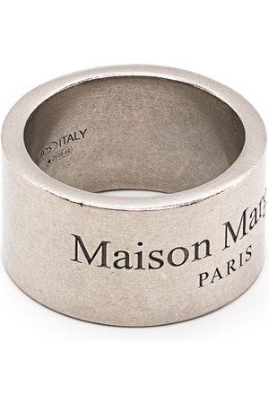 Maison Margiela Bandring med graverad logotyp