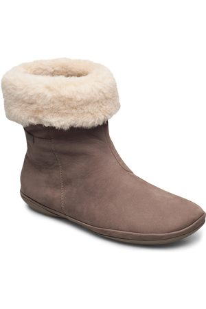 Camper Kvinna Ankelboots - Right Shoes Boots Ankle Boots Ankle Boot - Flat Brun