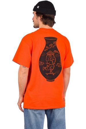 Temple of Skate Vase T-Shirt red