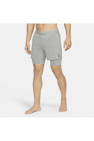 Nike Shorts 2-i-1 Yoga för män