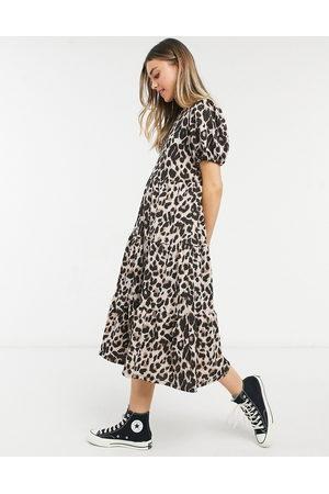 ASOS – Panelsydd midi-smockklänning med leopardmönster