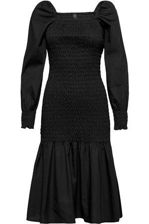 YAS Kvinna Midiklänningar - Abelia Ls Smock Midi Dress Solid -D2d Knälång Klänning