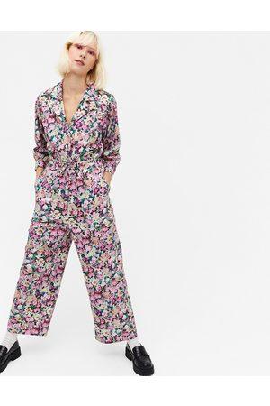 Monki – Marelle – blommig jumpsuit i bomullspoplin med indragen midja